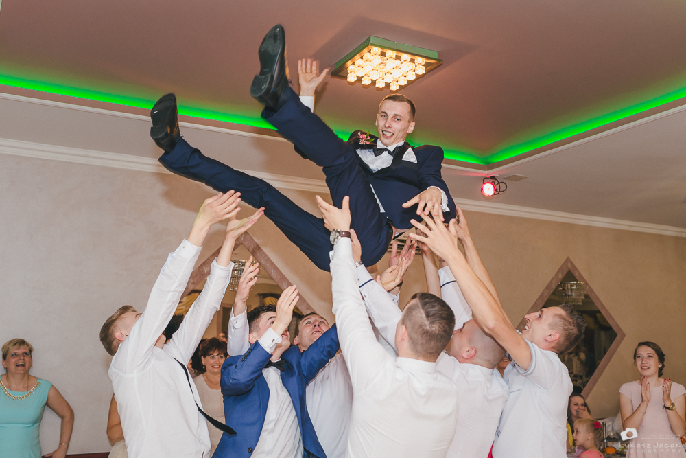 Reportaż ślubny wykonany dla Młodej Pary. Fotograf na ślub i wesele.
